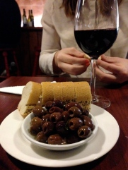 gibsons red wine olives